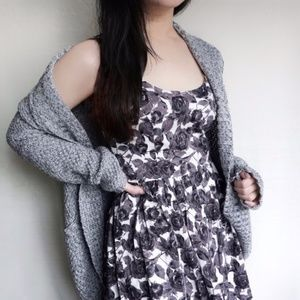 Forever 21 Floral Grey Black White Mini Dress